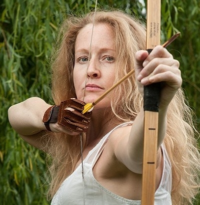 Alison De Burgh 2