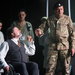 Simon Thorpe Don Pizarro Timothy Dawkins Don Fernando Lfo Fidelio 2017 Cr Matthew Williams Ellis 24 Credit: cr Matthew Williams-Ellis.
